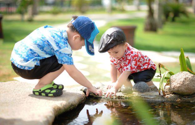 Deti sa hraju